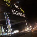 Notre Bus restaurant atypique le soir sur Paris place de la Concorde
